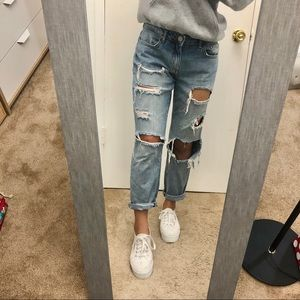 Ripped Mom Jeans